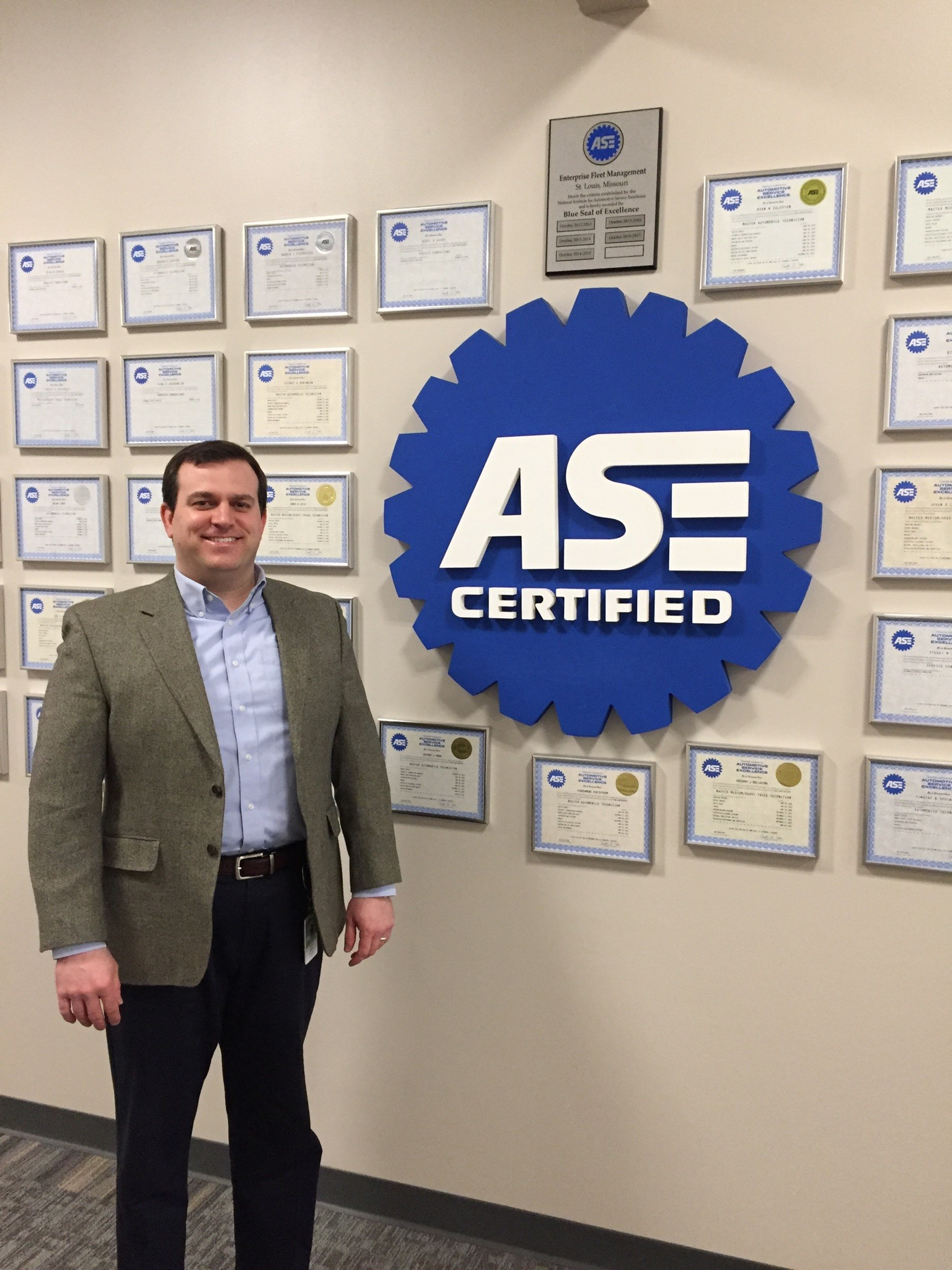 Ase Hands Out 2017 World Class Technician Award 2017 03 03