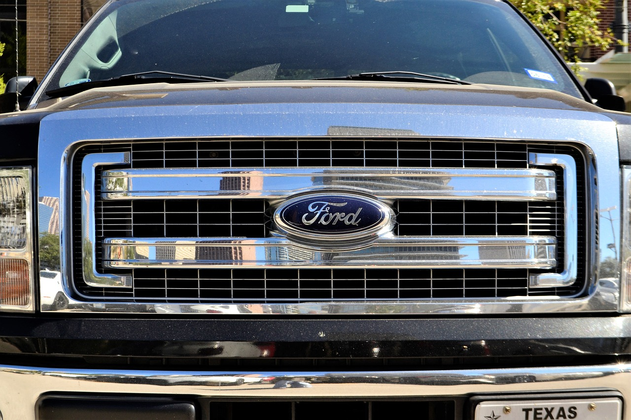 Ford truck grill free image