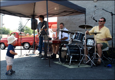 Zimmerman's also had a live band perform at the event. Photo by Stuart Leask